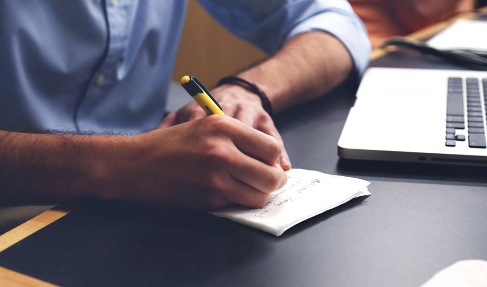 Research paper author order in scientific papers