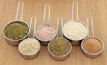 Small natural protein powder